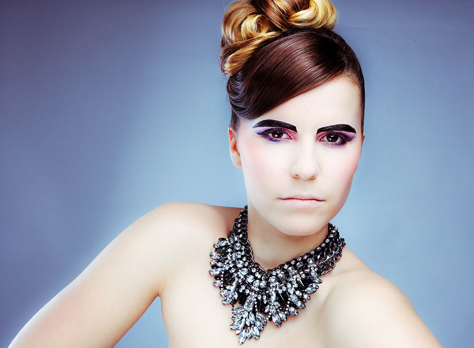 Beautyshooting Fashionshooting Fotoshooting Fotografin Vanessa Fotostudio Köln Fotograf Köln